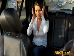Amateur girl fucking taxi driver when going to work