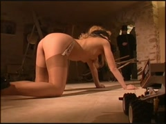 Horny curly blonde lady want to fuck hard her ass
