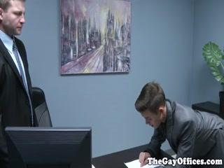 Office boss spanks twink intern