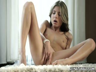 Petite Doris solo girl sextoy - Teen sex video