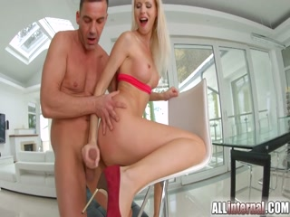Blonde bombshell fucked hard by hard cock - Teen blonde creampie