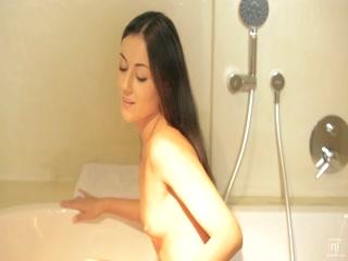 Iwia's awesome oral skills - HD Film