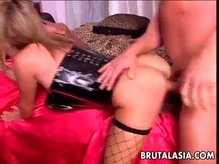 Sexy roxy chick slut gets ramed threeway two big dicks - HD Porn