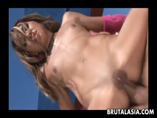 Horny blonde takes it up the ass - Assfuck HD Porn