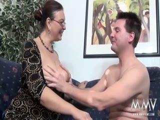 Fucking a chubby MILF with glasses - HD Video | Pornbraze.com