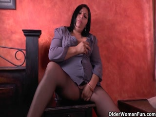 Dirty Wife Uses The Vibrator On The Couch