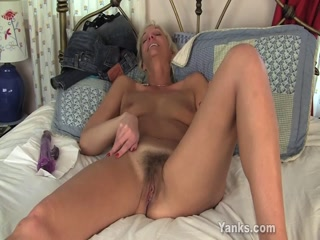 Aroused Naked Cougar Is Toying Her Hairy Pussy