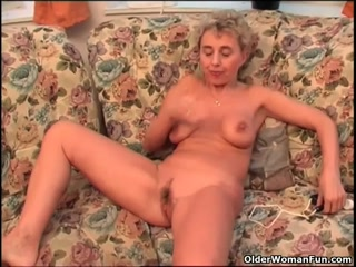 Amateur Blonde Playing With Her Shaved Wet Pussy