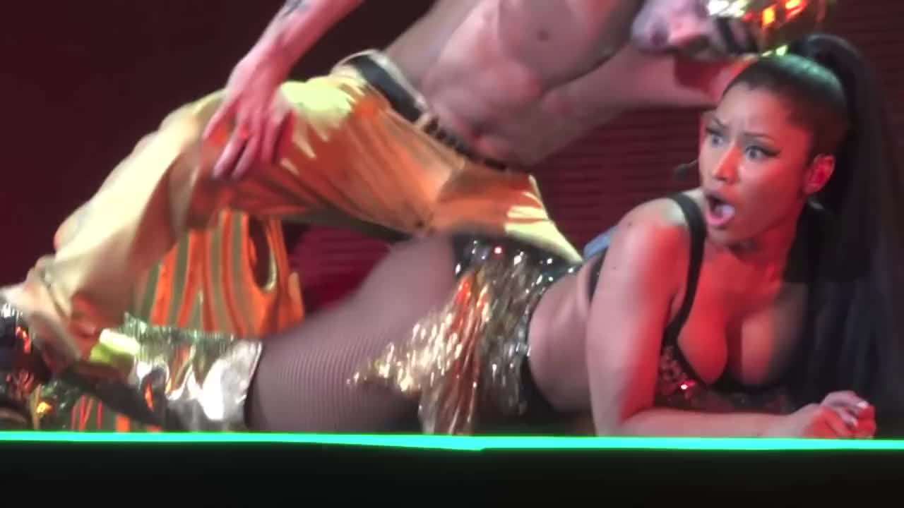 Nicki minaj sex gifs — pic 4