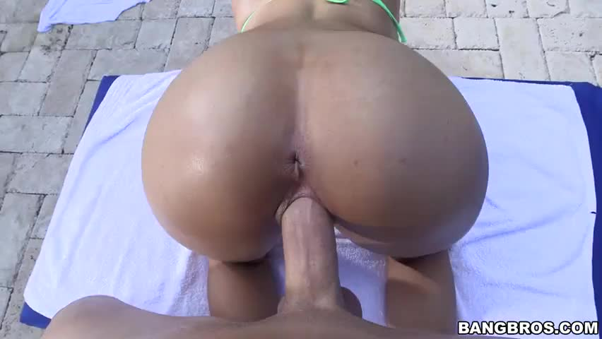 Sexy chick gets her pussy licked 5
