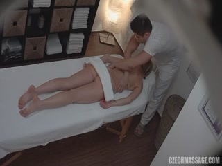 Blonde Czech girl like to fuck in massage room