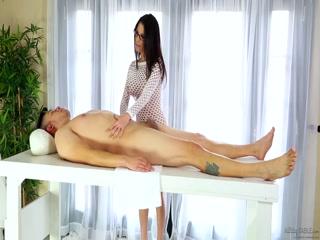 Client gets milked by Dava - HD porn video   Pornbraze.com