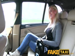 Fake Taxi Big tits and great curvy body sucks