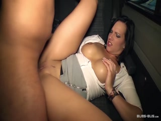 BumsBus - German hottie Sina Velvet gets hot facial in the van