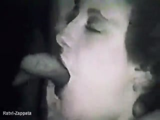 Cam Dark Seduce Woman Sucking Dog