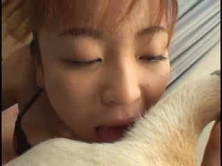Asian Babe Passionte Sucking Dog